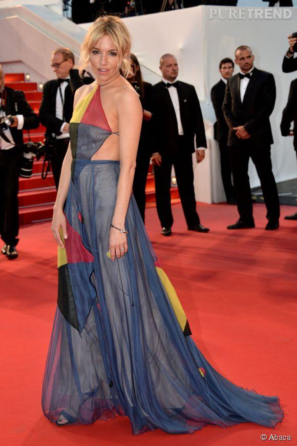 Superbe choix de robe pour l'anglaise Sienna Miller, au Festival de Cannes samedi 16 mai 2015.