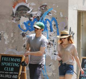 Leighton Meester et Adam Brody attendent un heureux évènement.