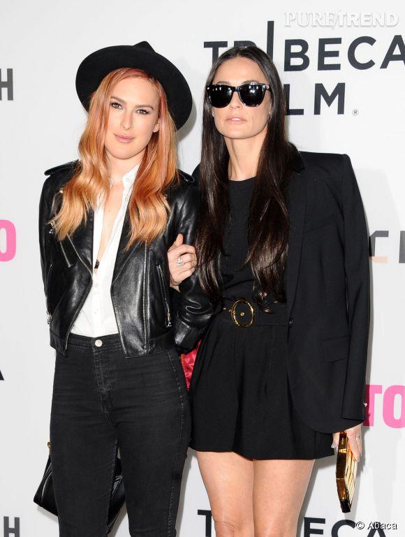 Rumer Willis et Demi Moore se révèlent en soeurs jumelles sur Twitter.