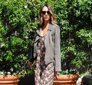 Jessica Alba : en combinaison fleurie à Los Angeles... A shopper !