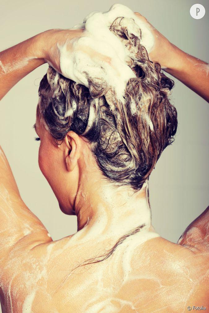 Tendance capillaire le no poo ou comment se laver les cheveux sans shampoin - Comment laver ses carreaux sans traces ...