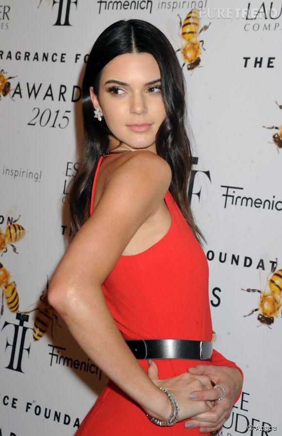 Kendall Jenner est heureuse de ne pas avoir les fesses de Kim Kardashian.