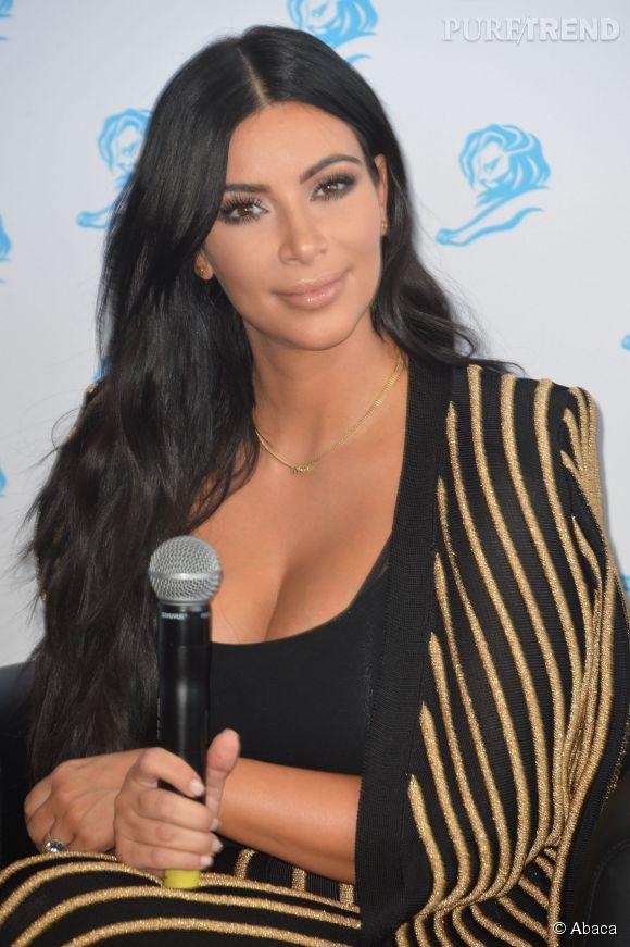 Kim Kardashian animait une conférence sur les réseaux sociaux.