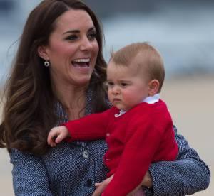 Prince George : il se balade sur les épaules de Carole Middleton au zoo