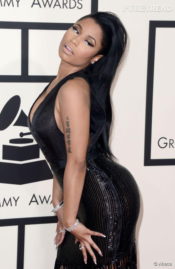 Nicki Minaj aime enflammer Instagram dès qu'elle en a l'occasion.
