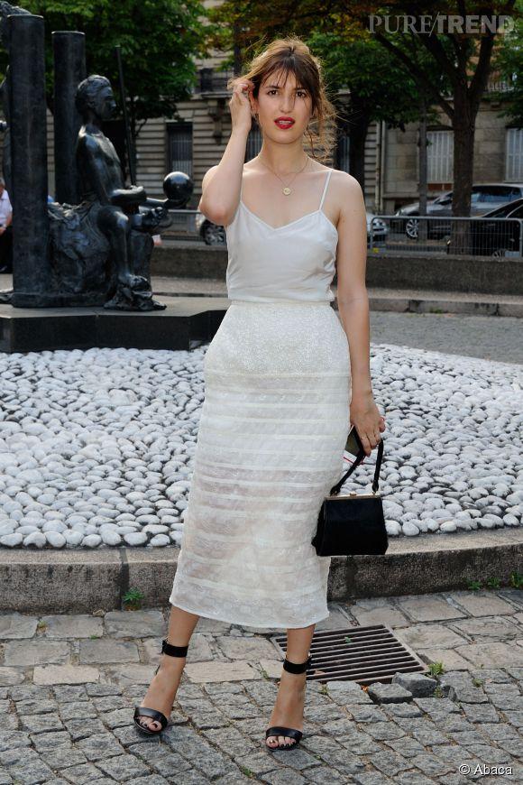Jeanne Damas au Miu Miu Club pour célébrer le lancement du premier parfum de Miu Miu et la collection Croisière 2016 au Palais d'Iena le 4 juillet 2015 à Paris.