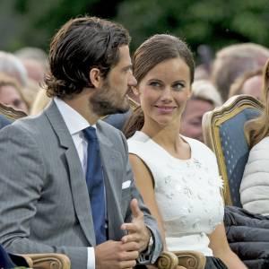 ... puis ont rejoint le roi et la reine de Suède dans le sud de la France.