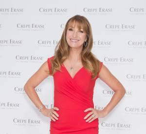Jane Seymour présente les produits Crepe Erase à Londres.