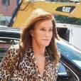 Caitlyn Jenner continue sa transformation pour paraître la plus féminine possible.