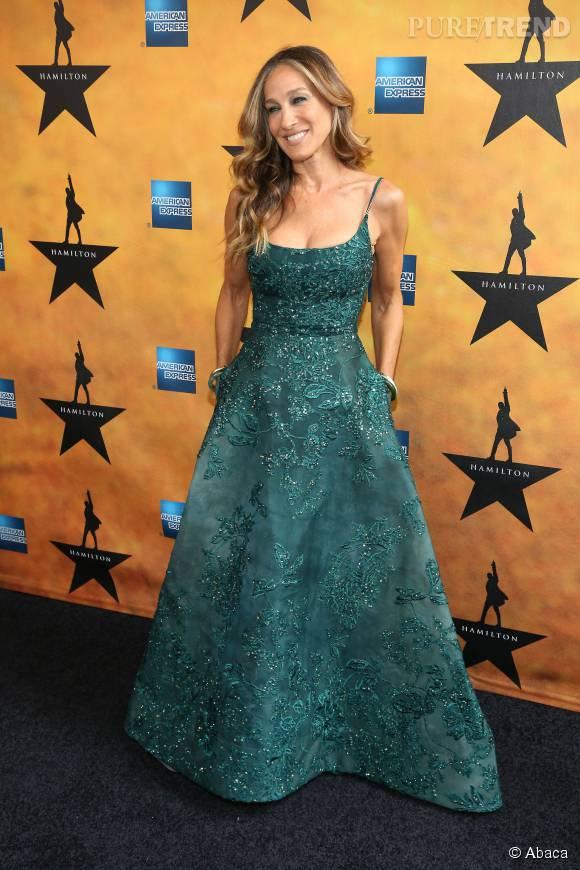 Sarah Jessica Parker a fait un retour gagnant sur les red carpets de Broadway grâce à un look ravissant.