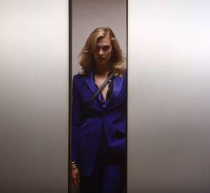 Karlie Kloss joue les agents secrets pour DVF.