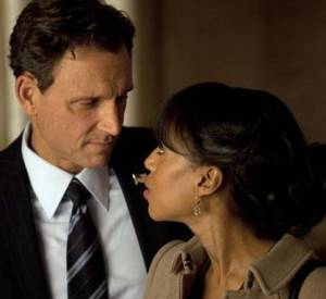 "Kerry Washington et Tony Goldwyn dans la série ""Scandal""."