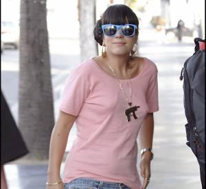Lily Allen en 2006 : elle était plus en rondeurs qu'aujourd'hui. Elle a beaucoup fait le yoyo.