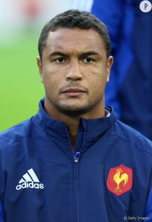On fond pour le capitaine de l'équipe de France, Thierry Dusautoir.