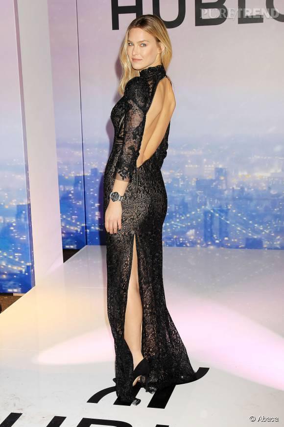 """Bar Refaeli, la très jolie présentatrice du """"X Factor"""" israélien."""