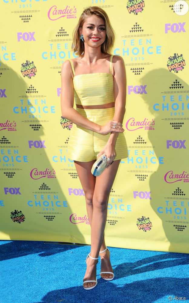 Sarah Hyland en Christian Siriano aux Teen Choice Awards 2015.