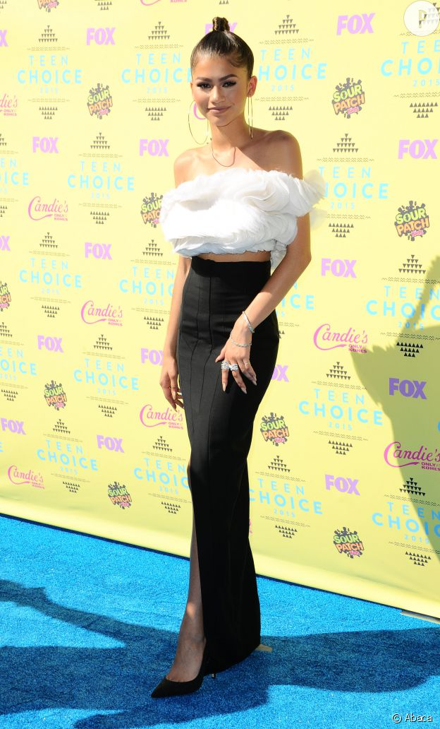 Zendaya Coleman en Ashi Studio aux Teen Choice Awards 2015.