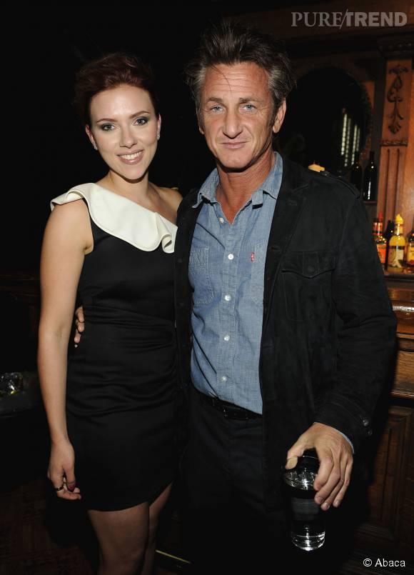 Divorcé, Sean Penn séduit l'une des actrices les plus sexy d'Hollywood : Scarlett Johansson.