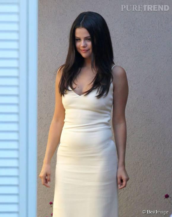 """Selena Gomez à la Summer Party """"Day of Indulgence"""" de Jennifer Klein à Los Angeles le 17 août 2015."""