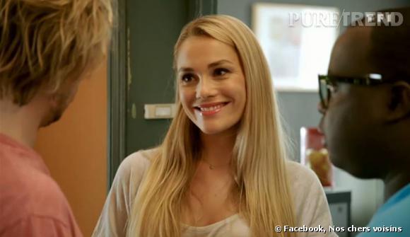 """Joy Esther, alias Chloé dans la série """"Nos chers voisins"""" diffusée sur TF1."""