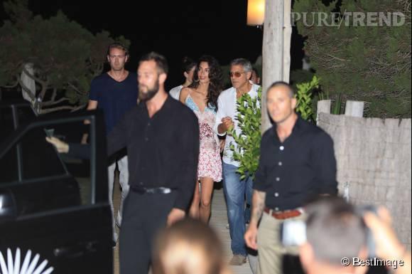 George et Amal Clooney, ils dînent avec Cindy Crawford et son mari Rande Gerber à Ibiza