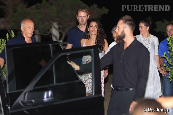 Amal Clooney, la beauté d'Ibiza