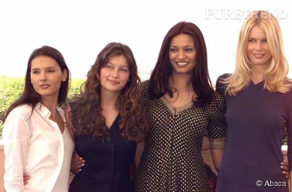 Claudia Schiffer aux côtés de Virginie Ledoyen, de Laetitia Casta et de Miss Monde 98, Diana Hayden, en mai 1999.