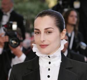 Amira Casar, une actrice tout droit échappée de l'ère victorienne.