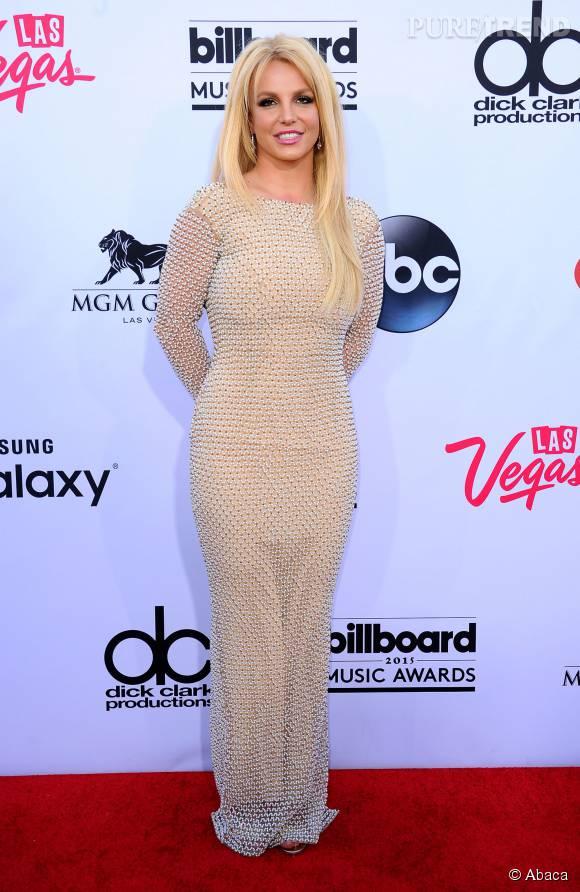 Britney Spears devient sirène.