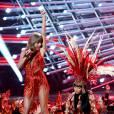 Taylor Swift et Nicki Minaj aux MTV VMA le 30 août 2015 à Los Angeles.