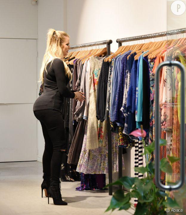 Khloe Kardashian, popotin en valeur.