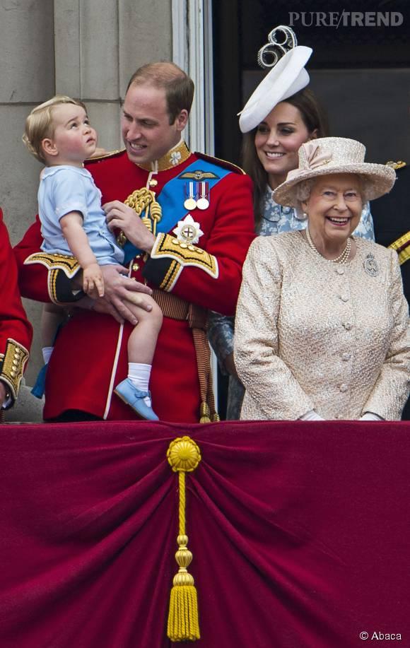 Elizabeth II a invité le couple royal à fêter son record de longévité au trône d'Angleterre.