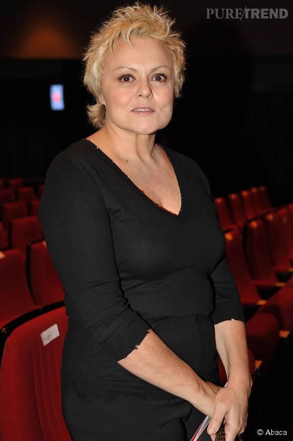"""Muriel Robin fait son grand retour au théâtre, dans la pièce """"Momo""""."""