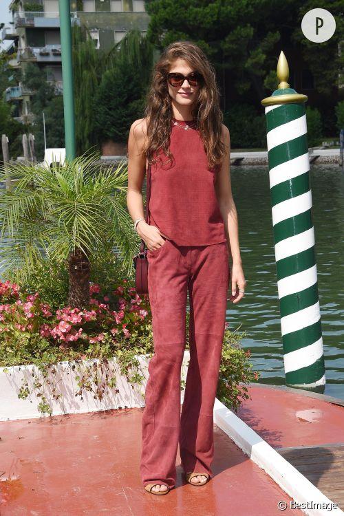Elisa Sednaoui, une beauté automnale à copier.
