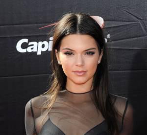 Kendall Jenner s'encanaille : culotte et ventre plat sur Instagram