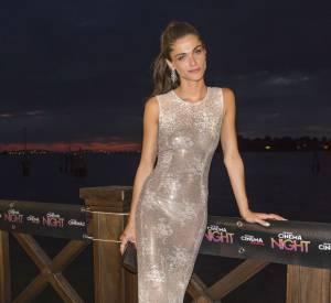 Elisa Sednaoui, une vraie sirène dans sa robe en strass.