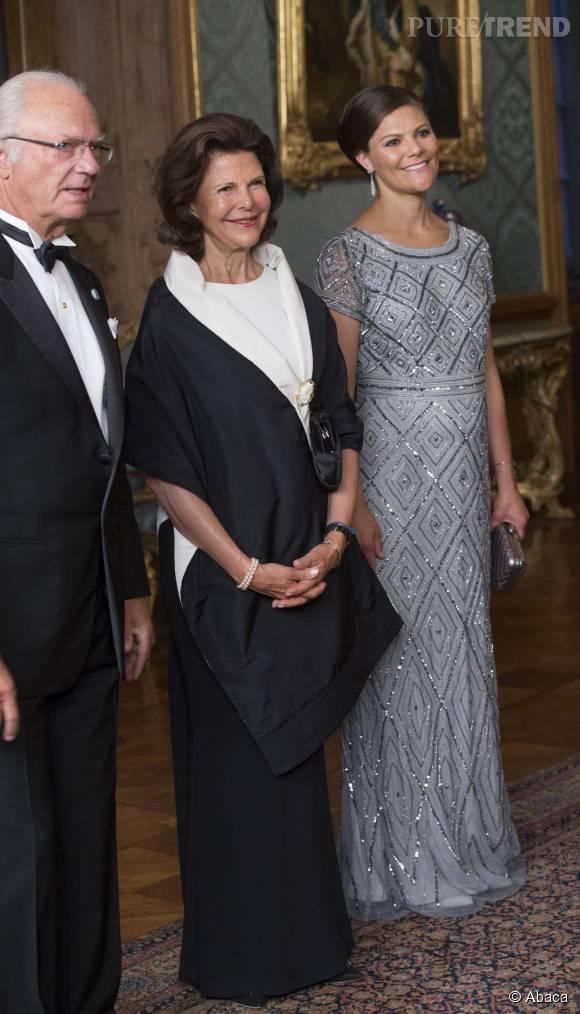 Idem pour le roi et la reine, qui espèrent certainement que Victoria de Suède mette cette fois au monde un petit garçon.