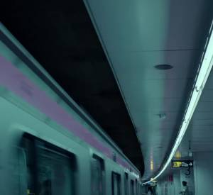 "H&M présente ""Close The Loop""."