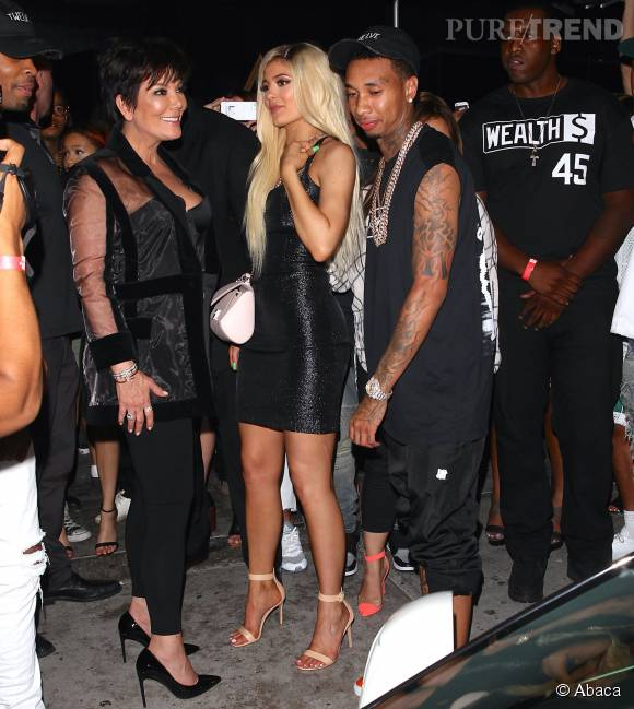 Kylie Jenner multiplie les shootings sexy. C'est maman qui doit être ravie.