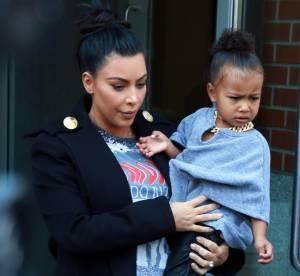 Kim Kardashian : elle habille North comme Kanye West pour sortir à New York