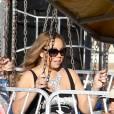 Mariah Carey fait de la balançoire au Malibu Chilli Cook Off le 7 septembre 2015 à Los Angeles.