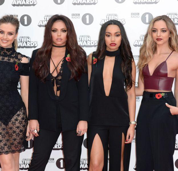 Les Little Mix sur le tapis rouge des Teen Awards de BBC Radio 1 le 8 novembre 2015 à Londres.