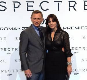 """Monica Bellucci, la """"plus vieille James Bond Girl de l'histoire de la saga"""" aux côtés de Daniel Craig, aka James Bond."""