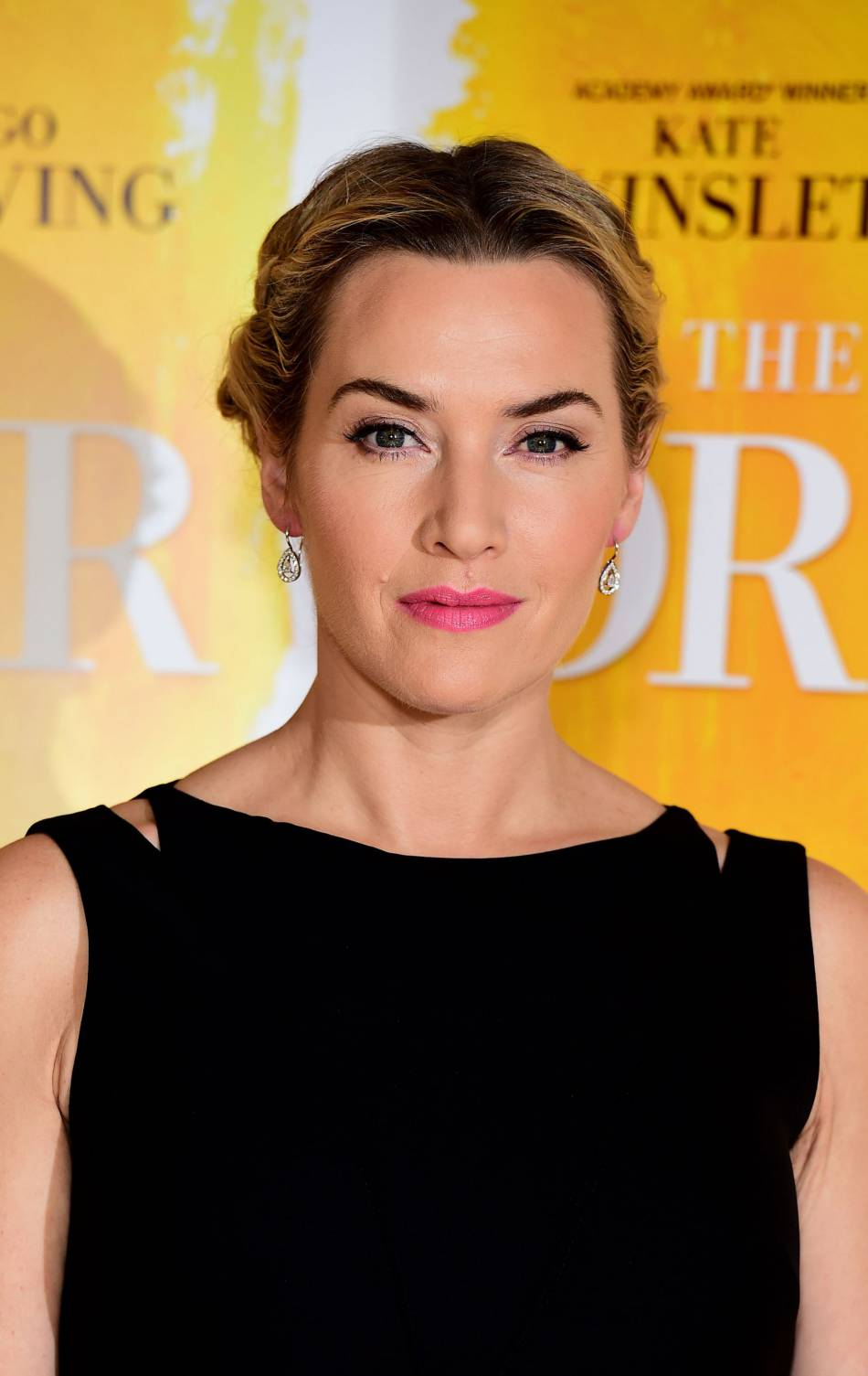 "Kate Winslet tout simplement radieuse lors de la projection de ""The dressmaker"" à Londres le 11 novembre 2015."