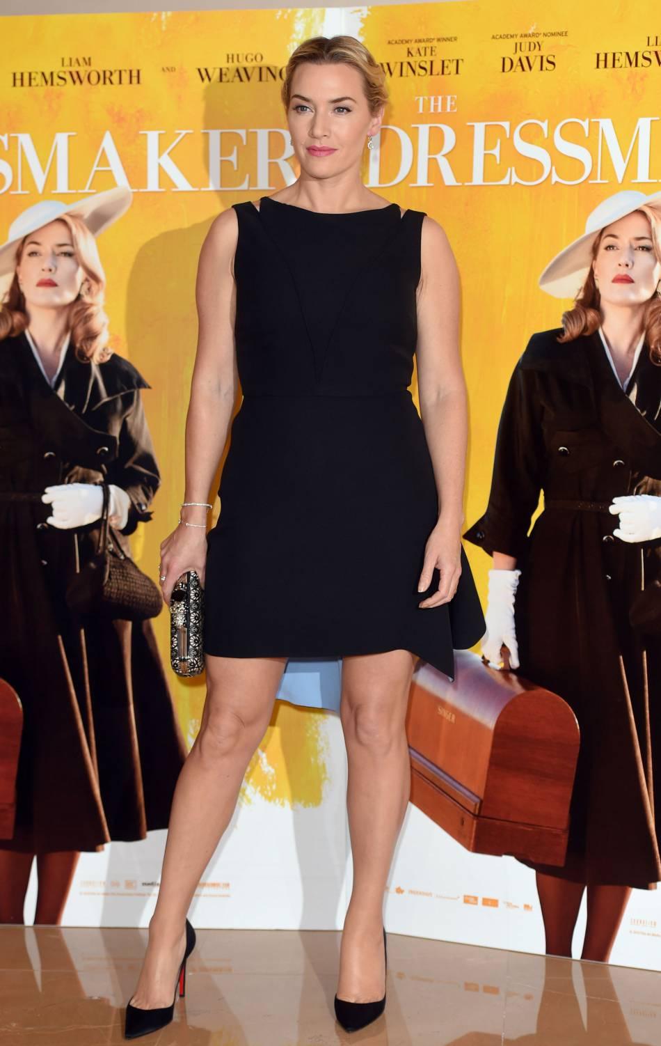 """Kate Winslet chic et canon lors de la projection de """"The dressmaker"""" à Londres le 11 novembre 2015."""