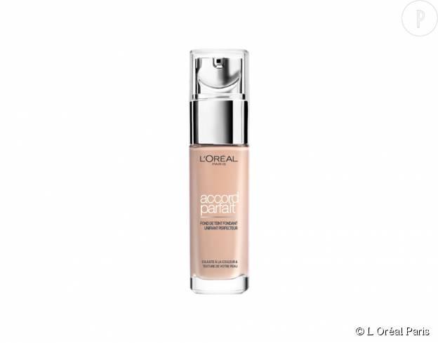 """Le fond de teint """"l'Accord Parfait Fluide"""" de l'Oréal Paris vous permet d'obtenir un teint unifié pour toute la journée."""