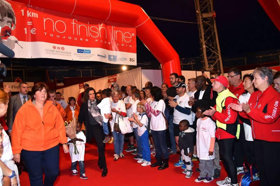 Stéphanie de Monaco a lancé la 16e édition d'une course caritative destinée aux enfants défavorisés.