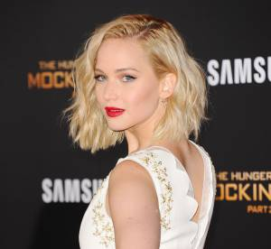 "Jennifer Lawrence : sexy et glamour dans sa robe fourreau pour ""Hunger Games"""