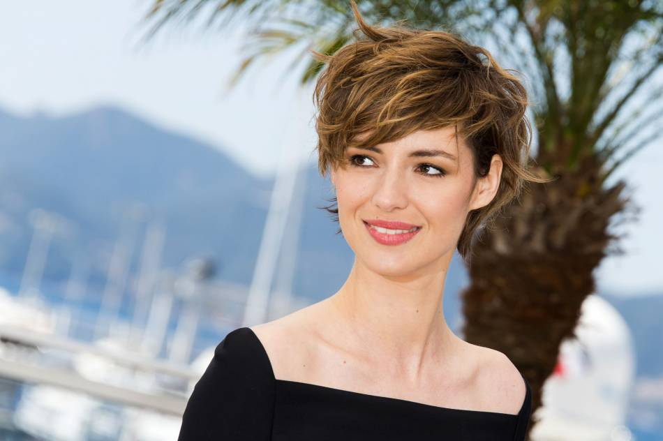 louise bourgoin pourquoi elle a coup ses cheveux si court puretrend. Black Bedroom Furniture Sets. Home Design Ideas