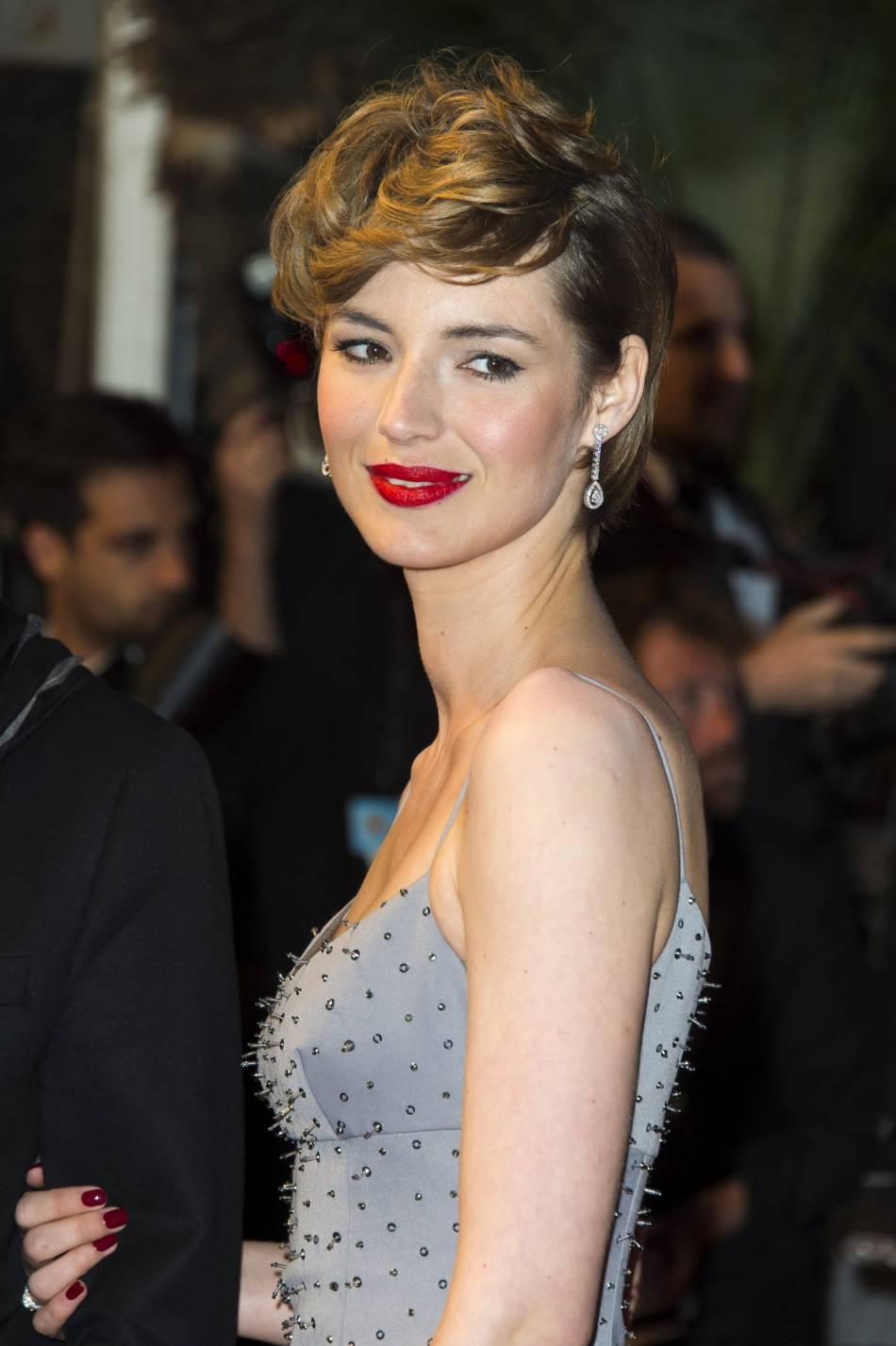 """L'actrice a révélé les avoir coupé pour le film """"Je suis un soldat""""."""